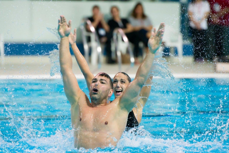 Canada's Isabelle Blanchet-Rampling and Robert Prévost during their mixed duet performance ©Synchro Canada