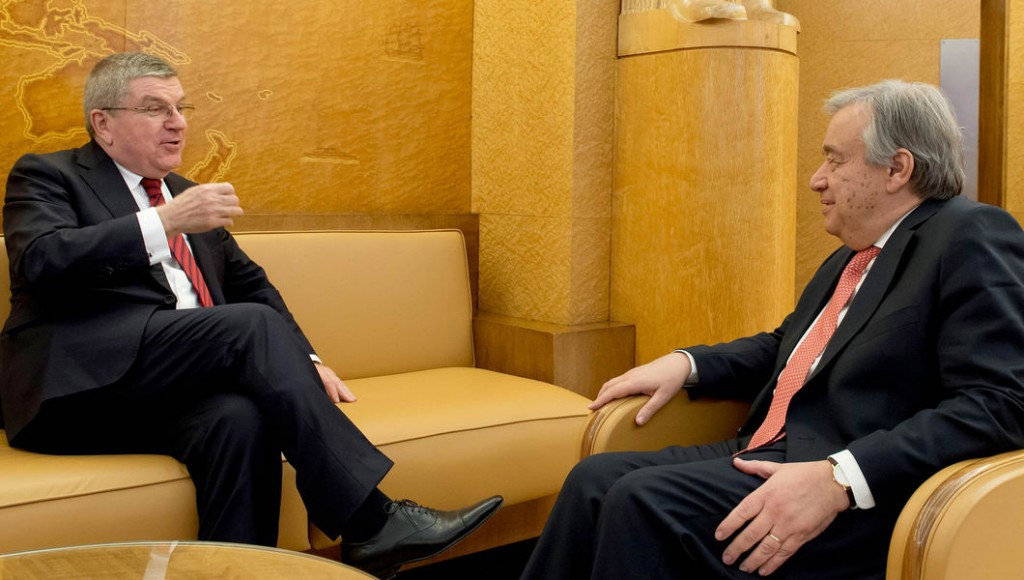 Thomas Bach, left, meeting the new United Nations secretary general António Guterres ©IOC