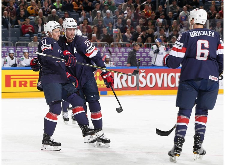The United States claimed a 3-0 win over Italy today ©IIHF