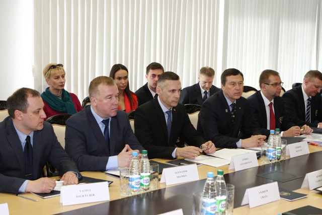 Andrei Astashevich, third from left, and Alexander Shamko, second from left, were part of the Minsk 2019 delegation at the meeting today with the European Olympic Committees Coordination Commission ©NOC RB