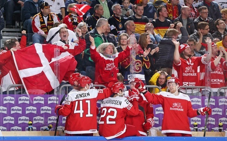 Denmark defeated Germany in overtime in Cologne this evening ©IIHF