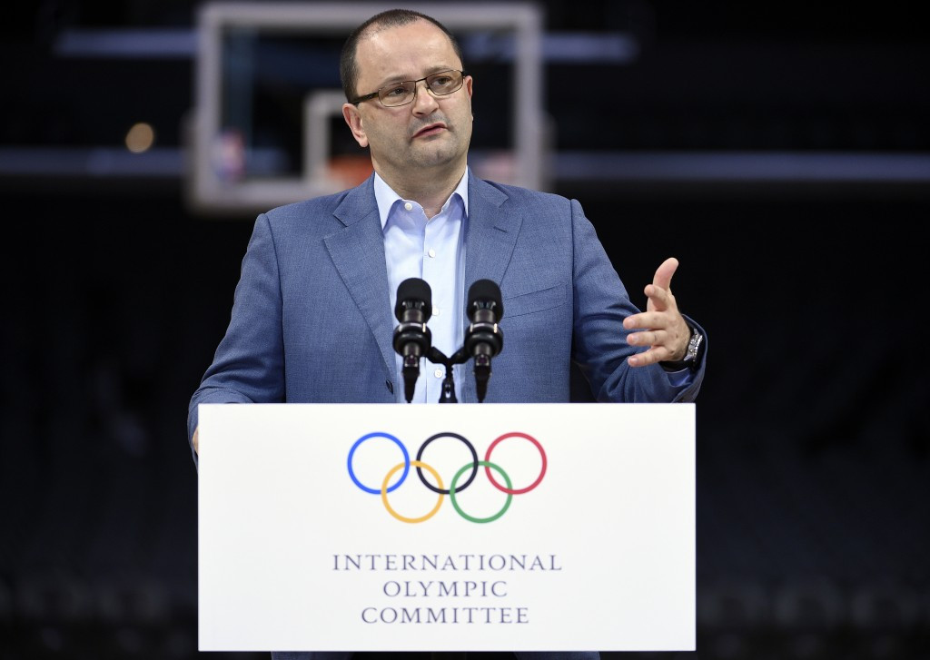 IOC begins La Olympic bid evaluation