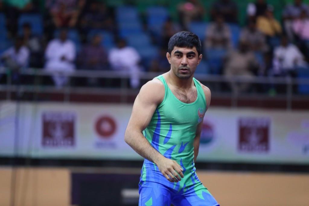 Uzbekistan celebrated two gold medals in New Dehli ©UWW
