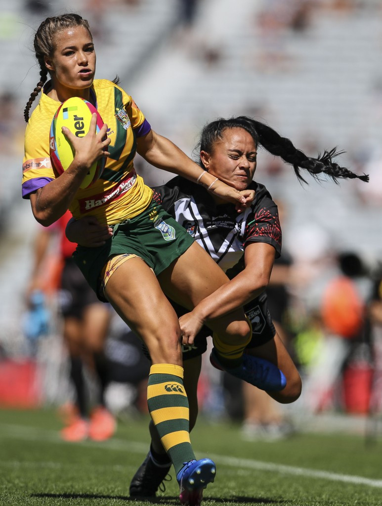 Australia's women playing New Zealand in a nines match ©Getty Images
