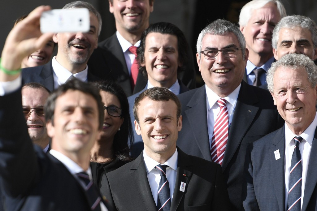Paris 2024 co-bid leader Tony Estanguet takes a selfie with French President Emmanuel Macron ©Getty Images