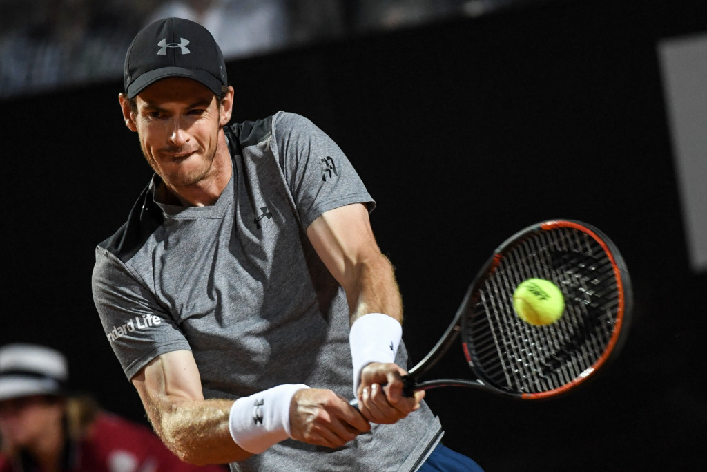 Murray thrashed by Fognini at Rome Masters while injury forces Sharapova withdrawal