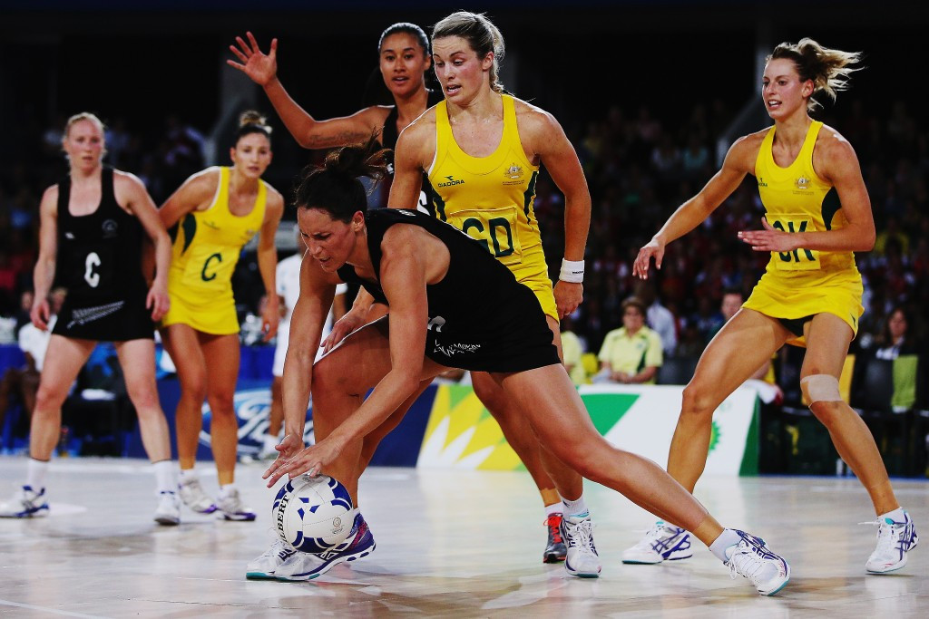 Australia beat New Zealand 58-40 in the netball gold medal match at Glasgow 2014 ©Getty Images