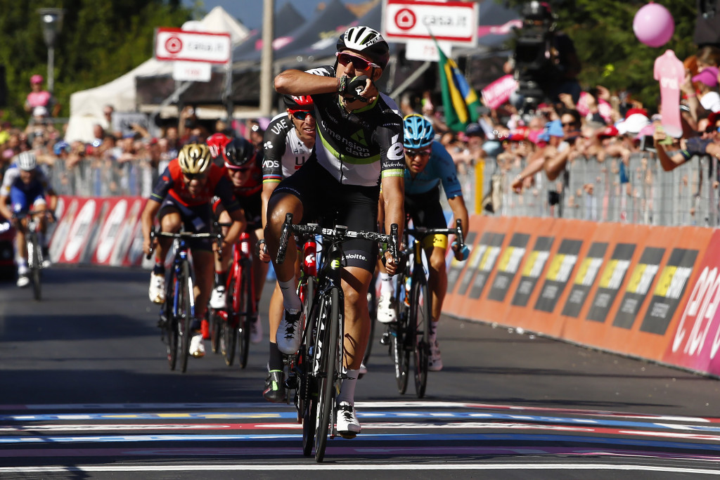Fraile triumphs from breakaway on stage 11 of Giro d'Italia