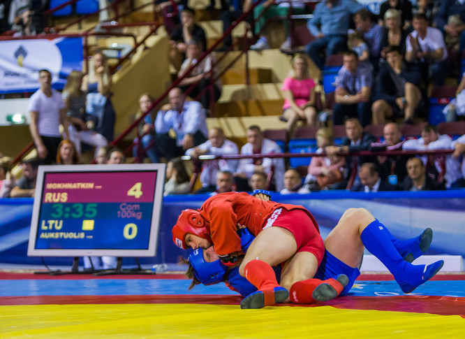 Russia won all three of today's combat sambo competitions, including the 100kg through Mikhail Mokhnatkin ©FIAS