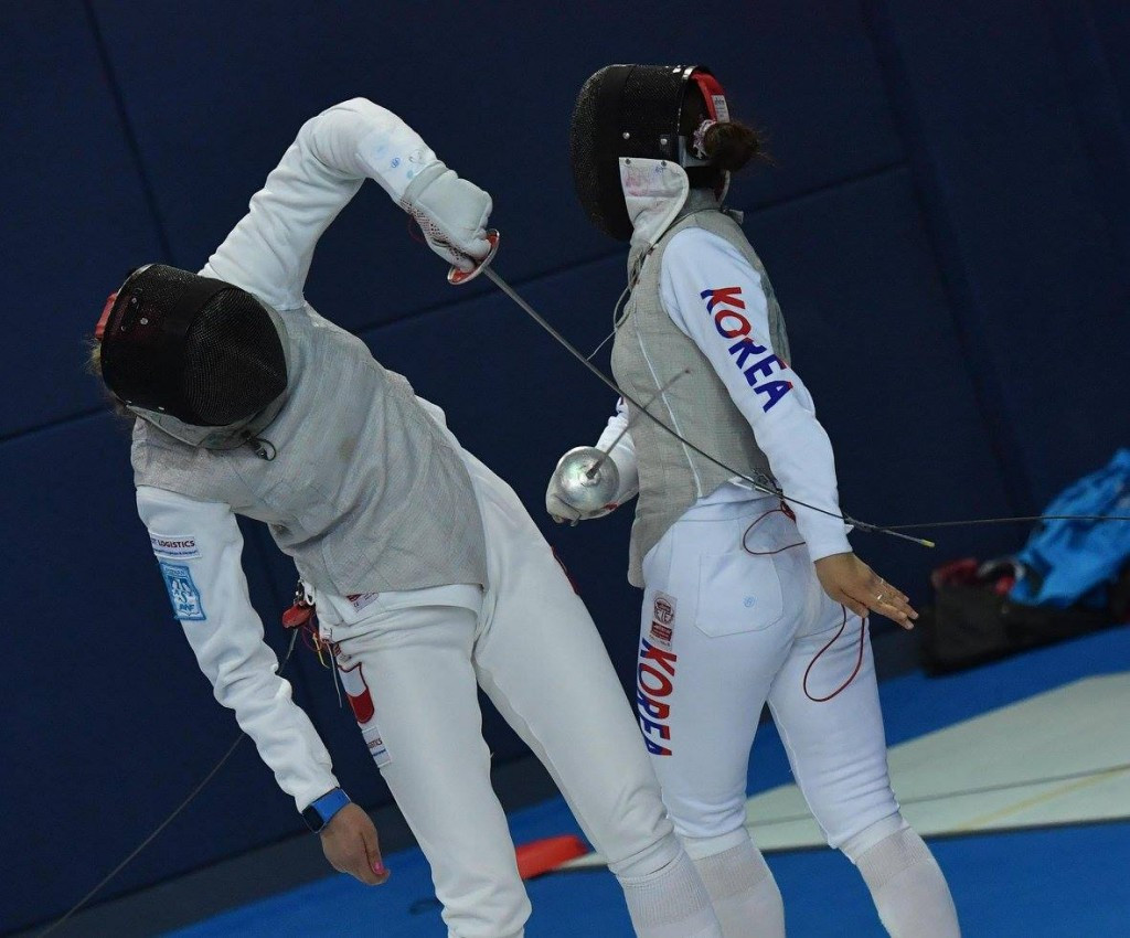 Women's foil action starts Fencing Grand Prix in Shanghai