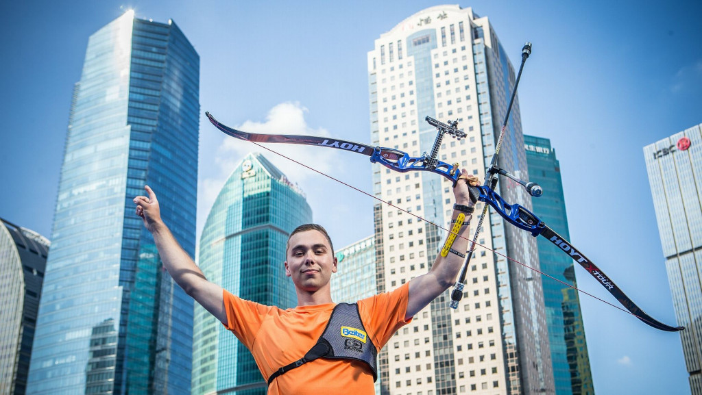 Wijler claims shock individual win at Archery World Cup