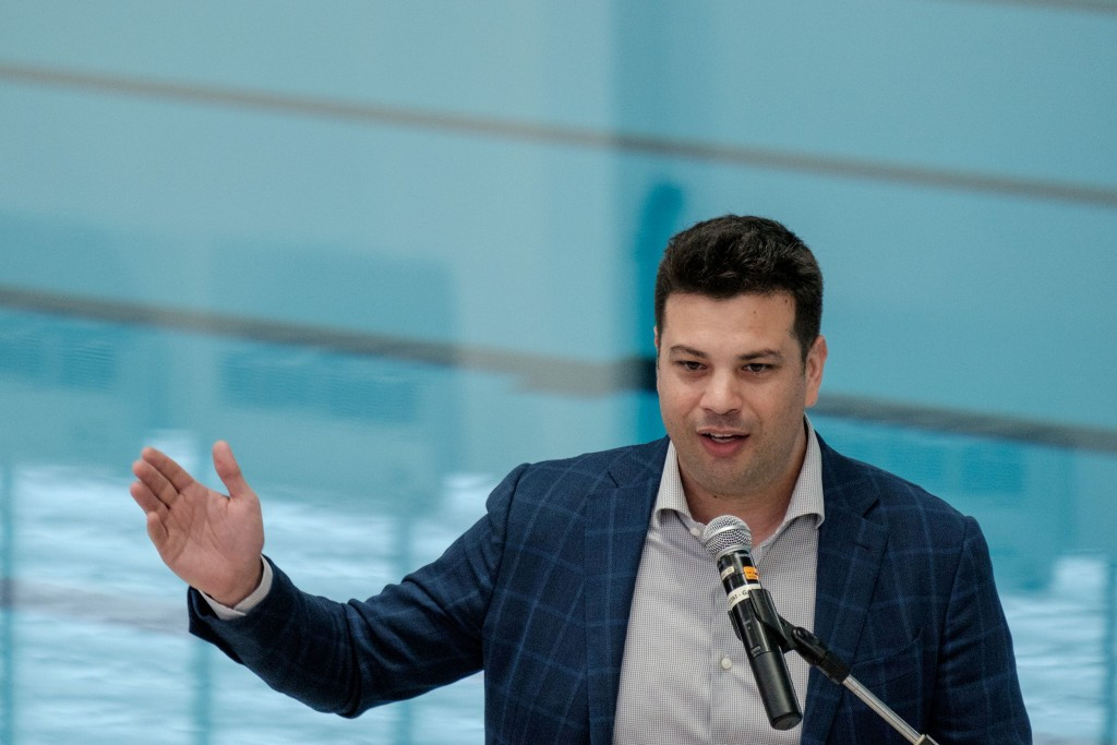 Brazilian Sports Minister targets hosting 2018 World Surfing Games