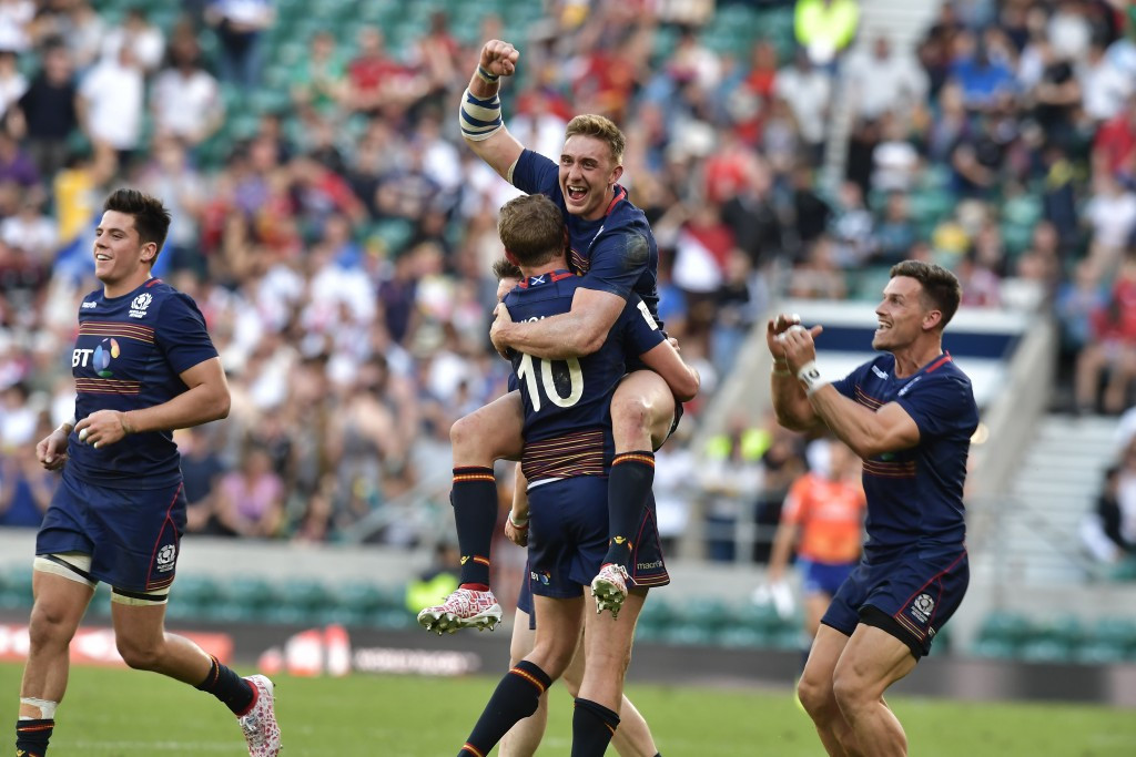 Scotland players celebrate at the final whistle following their victory ©Getty Images