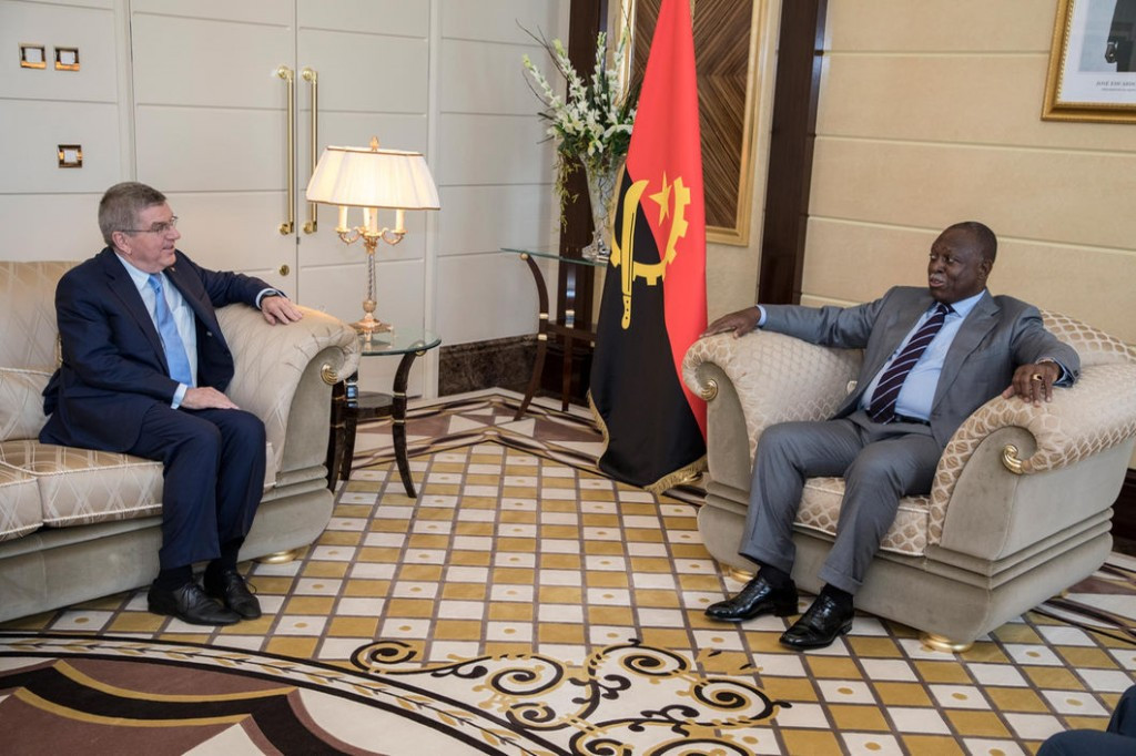 IOC President meets with Angola vice-president to discuss sports development