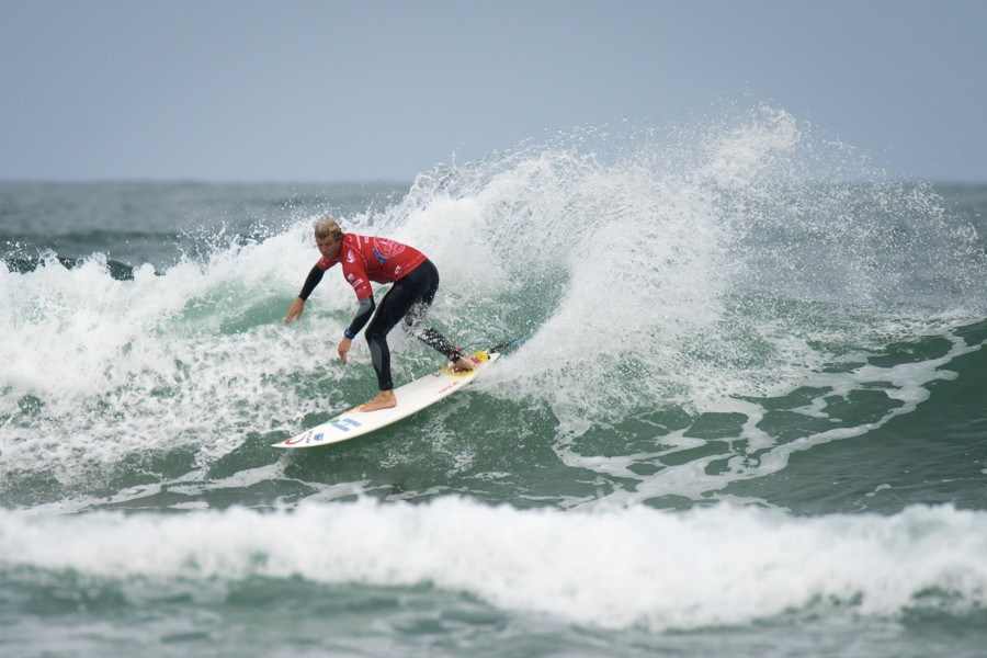 Usuna makes successful start to World Surfing Games title defence