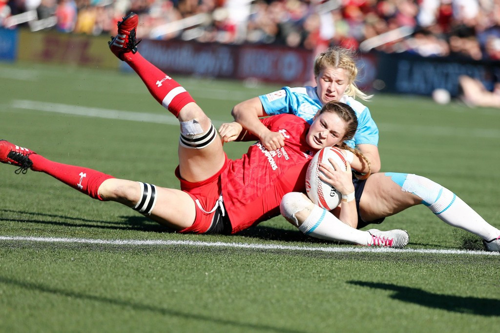 Canada undefeated after three wins on Day 1 at women's rugby sevens