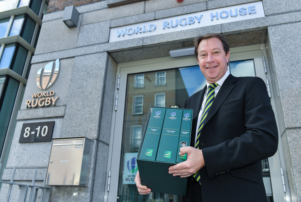 Jurie Roux, chief executive of SA Rugby, handed in the 827-page, 8.2-kg document ©Getty Images