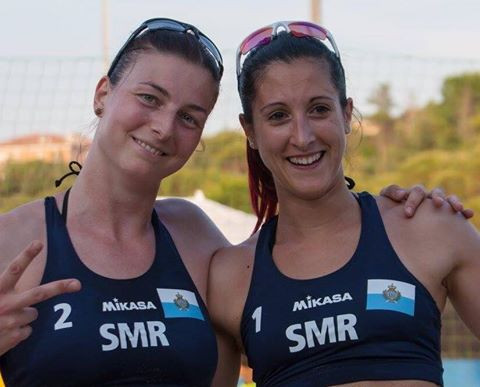 Silvia Bulgarelli, right, and Debora Pini, left, won women's beach volleyball gold for hosts San Marino ©San Marino 2017 GSSE/Facebook