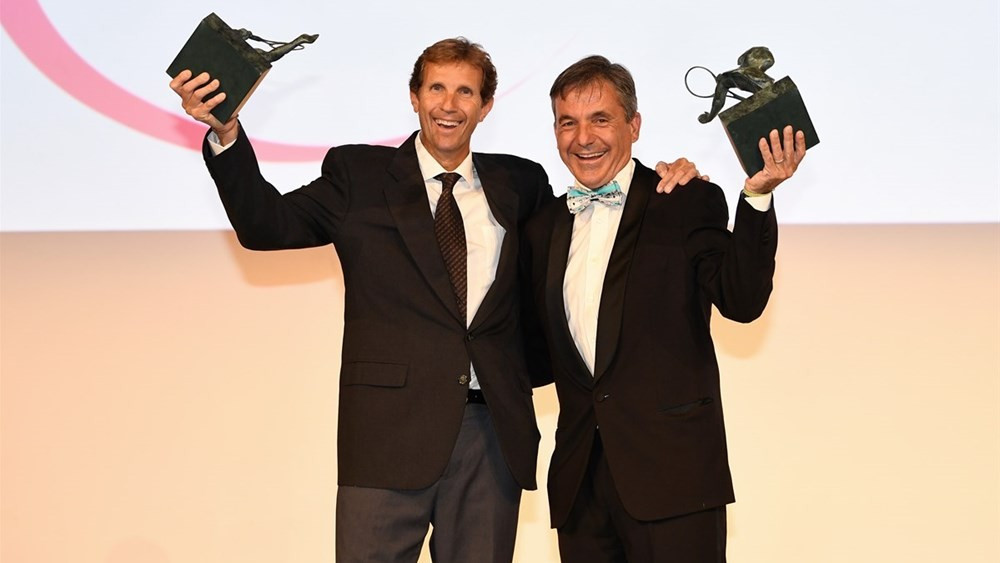 Sergio Casal, left, and Emilio Sanchez, right, were given the Philippe Chatrier Award ©ITF
