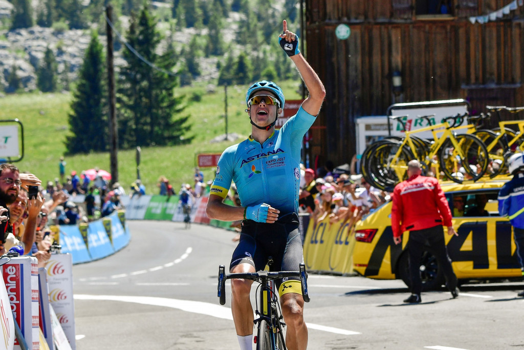 The time bonus earned by Jakob Fuglsang in winning the stage saw him claim the general classification ©Getty Images
