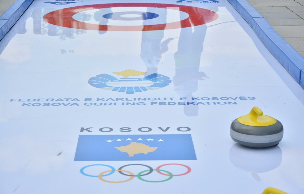 Children participated in several sporting activities, including curling ©KOC