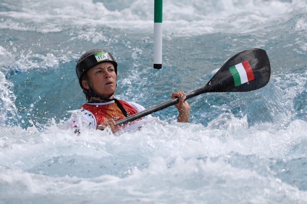 Horn upstages Rio 2016 medallists at ICF Canoe Slalom World Cup
