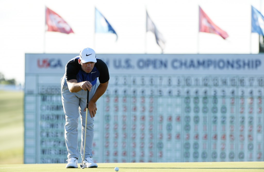 Four-way tie at top of US Open standings after second day