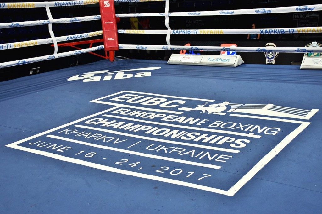 Late Russian replacement wins in first round at European Boxing Championships