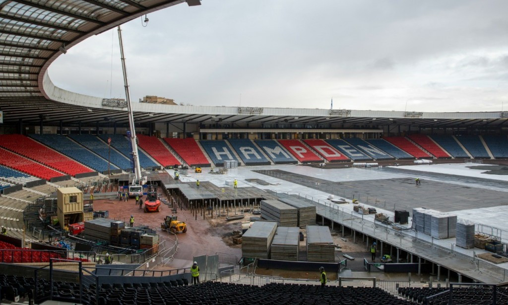 It took builders 13 months and cost £27 million to lay and remove a temporary athletics track at Hampden Park for the 2014 Commonwealth Games in Glasgow ©Glasgow 2014