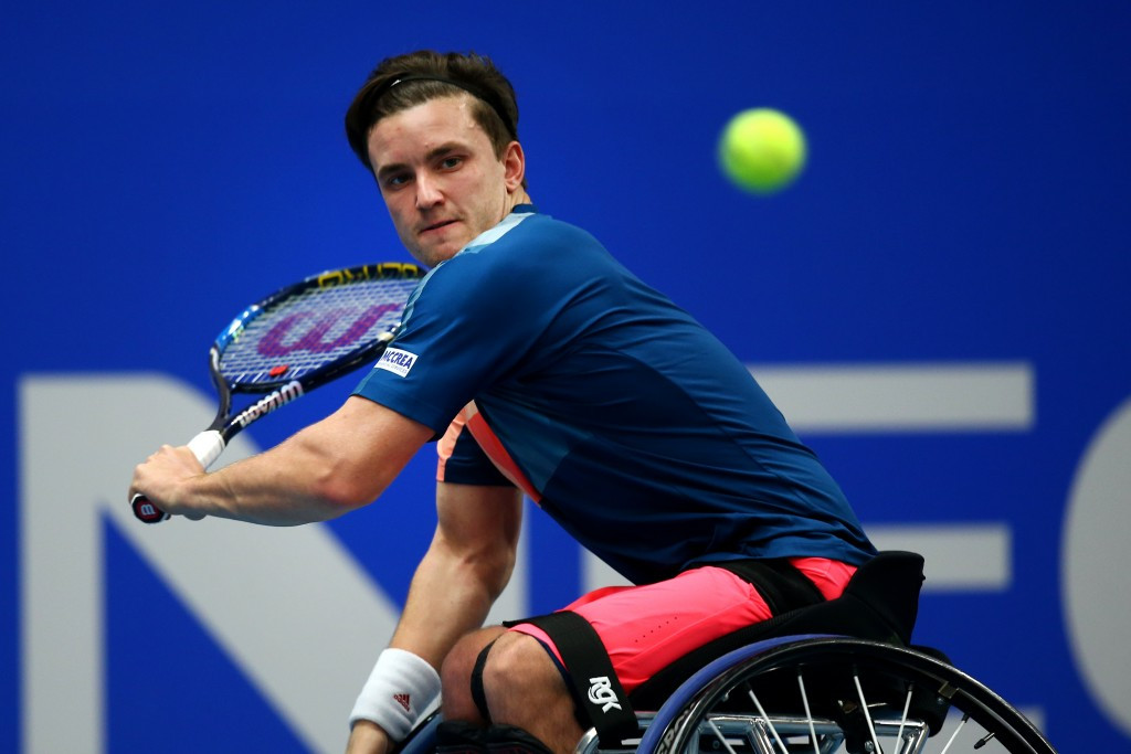 Reid through to quarter-finals at Open de France with ease