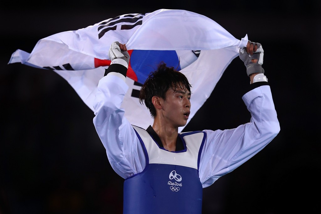 Kim on course for title defence after strong opening day at World Taekwondo Championships