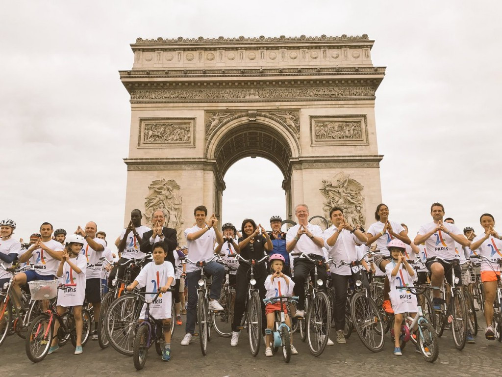The famous Arc de Triomphe was turned into a velodrome for cycling today ©Paris 2024