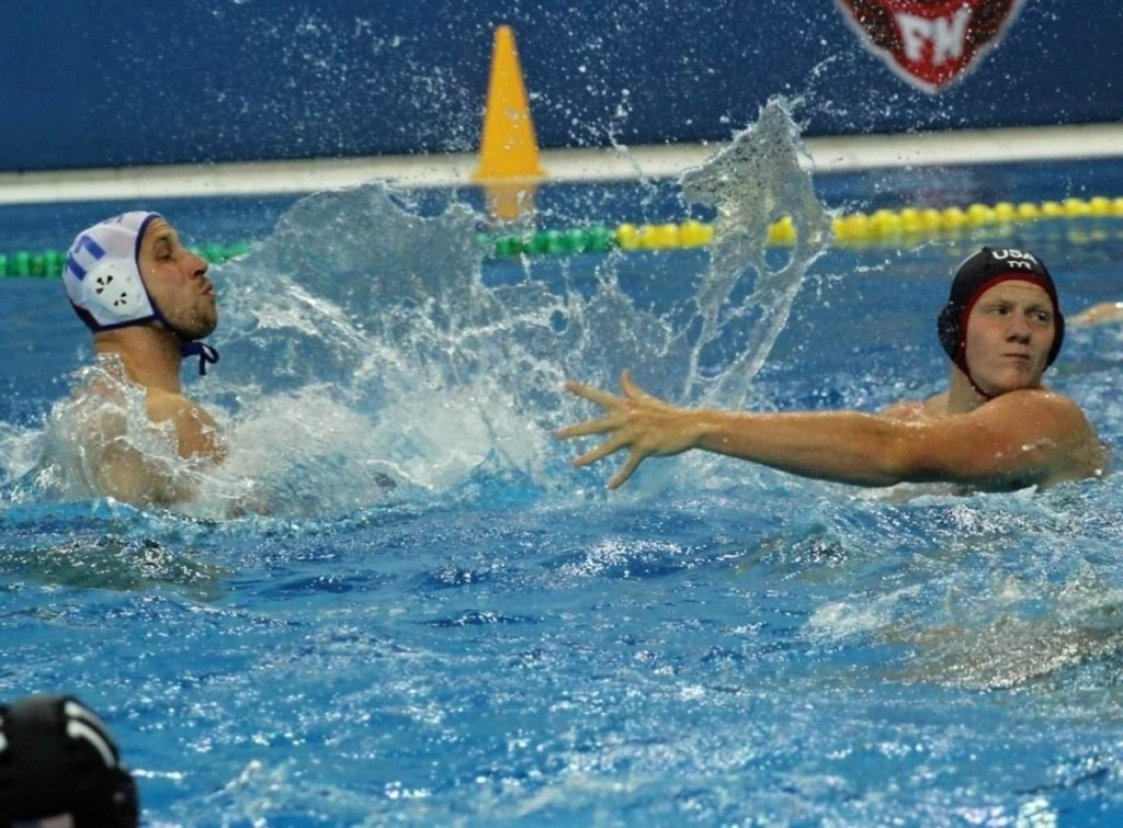 Serbia, left, defeated the United States, right, in a shootout ©Water Polo Serbia
