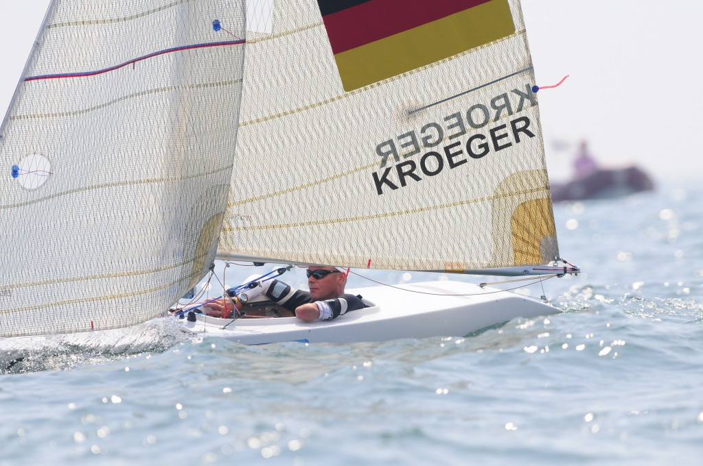 Kroger records two victories to move into overall 2.4 Norlin class lead at Para World Sailing Championships