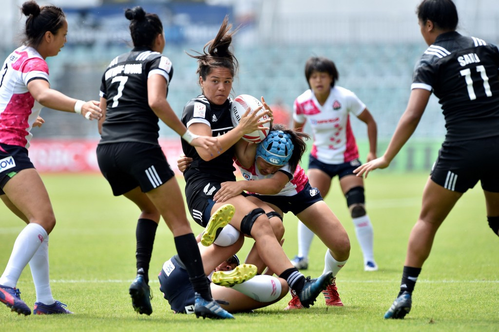 Unbeaten day sees New Zealand near Women's World Rugby Sevens Series crown