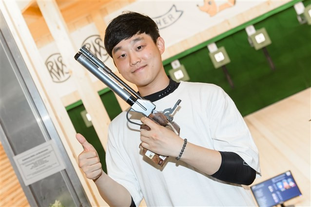 Record-breaking Choe clinches gold medal at ISSF Junior World Championships