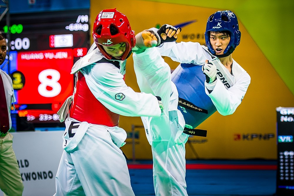 Hosts secure third World Taekwondo Championships gold as Lee tops podium