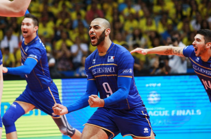 France begin FIVB World League final event in style with victory over hosts and favourites Brazil