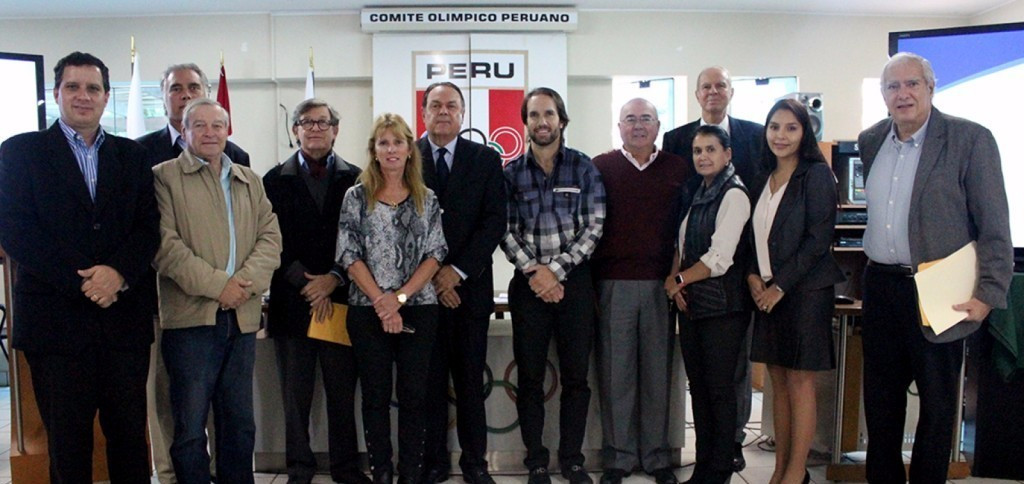 Pedro del Rosario Delgado, sixth from left, has been elected as President of the Peruvian Olympic Committee ©COP
