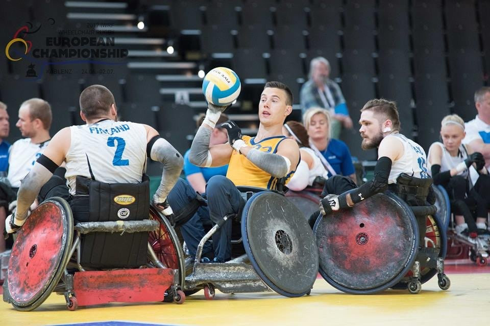Sweden, pictured in their quarter-final against Finland, earned a dramatic semi-final win at the IWRF European Championships ©IWRF