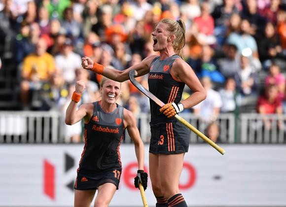 The Netherlands celebrate victory in the Hockey World League Semi-Final in Brussels ©FIH
