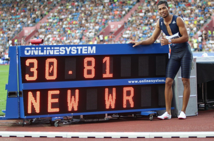 South Africa's Wayde van Niekerk with evidence of a good nght's work the IAAF World Challenge meeting in Ostrava when he broke Michael Johnson's world record for 300m ©Getty Images