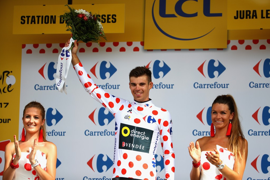 Calmejane wins stage eight as Froome retains yellow jersey at Tour de France
