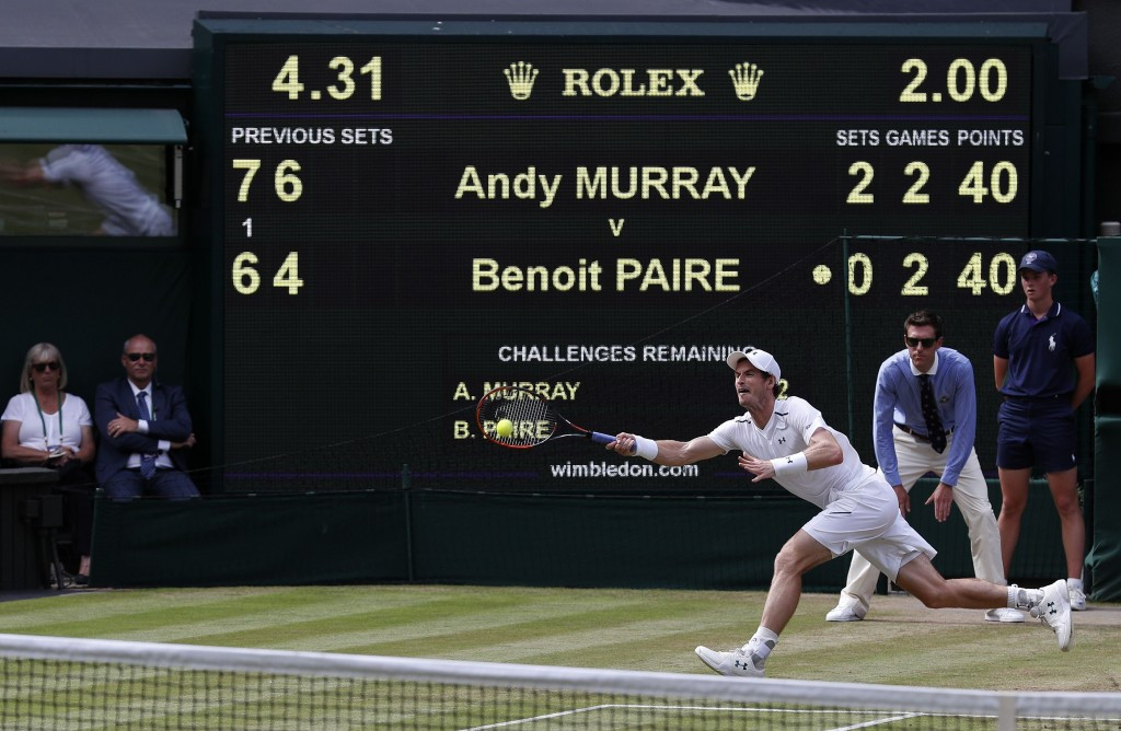 Sir Andy Murray saw off Benoit Paire in straight sets on Centre Court ©Getty Images