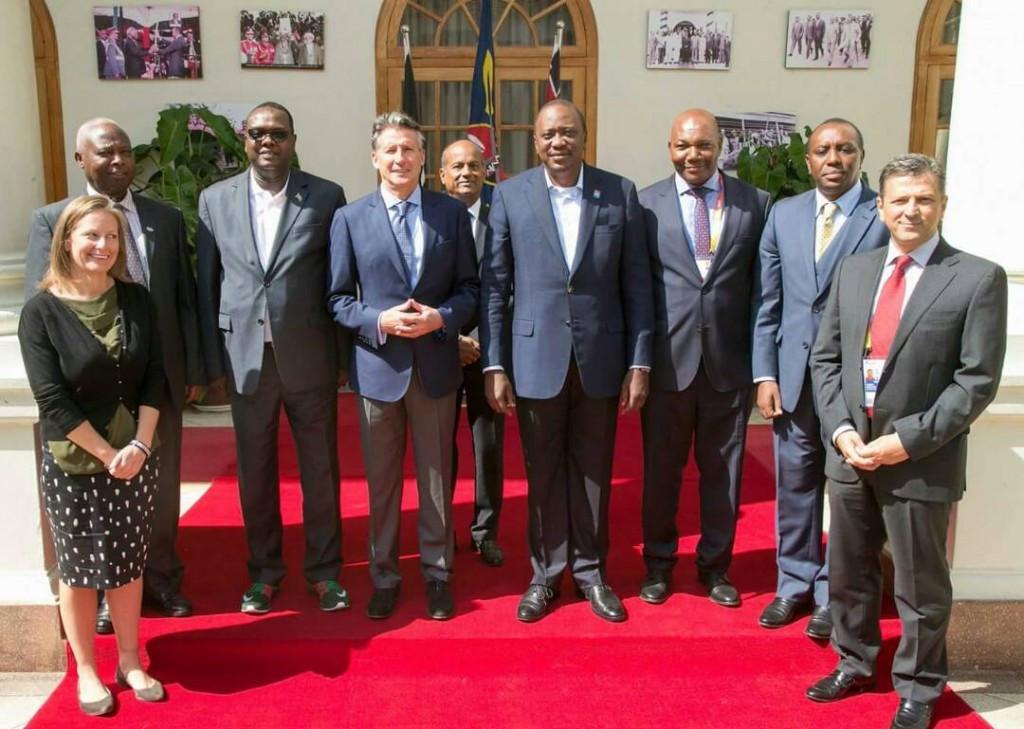 IAAF President Sebastian Coe met with Kenyan President Uhuru Kenyatta on the eve of the Championships ©Twitter