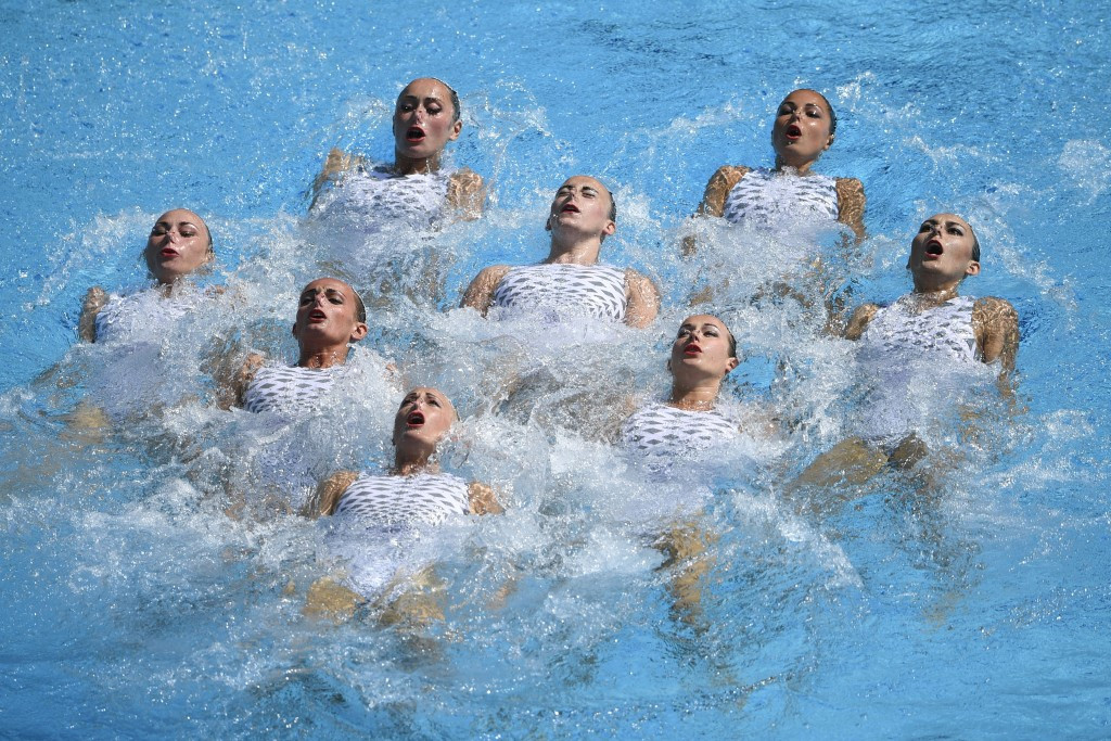 FINA rubber-stamp synchronised swimming and diving rule changes