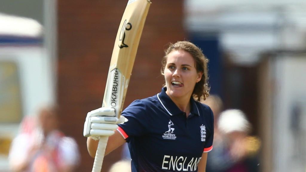 Natalie Sciver's 'Natmeg' shot helps England reach semi-finals