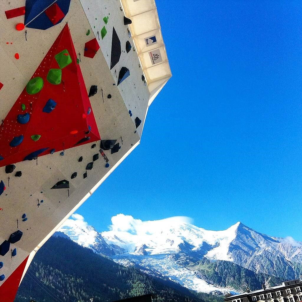 Italians impress in lead qualifying at IFSC World Cup in Chamonix