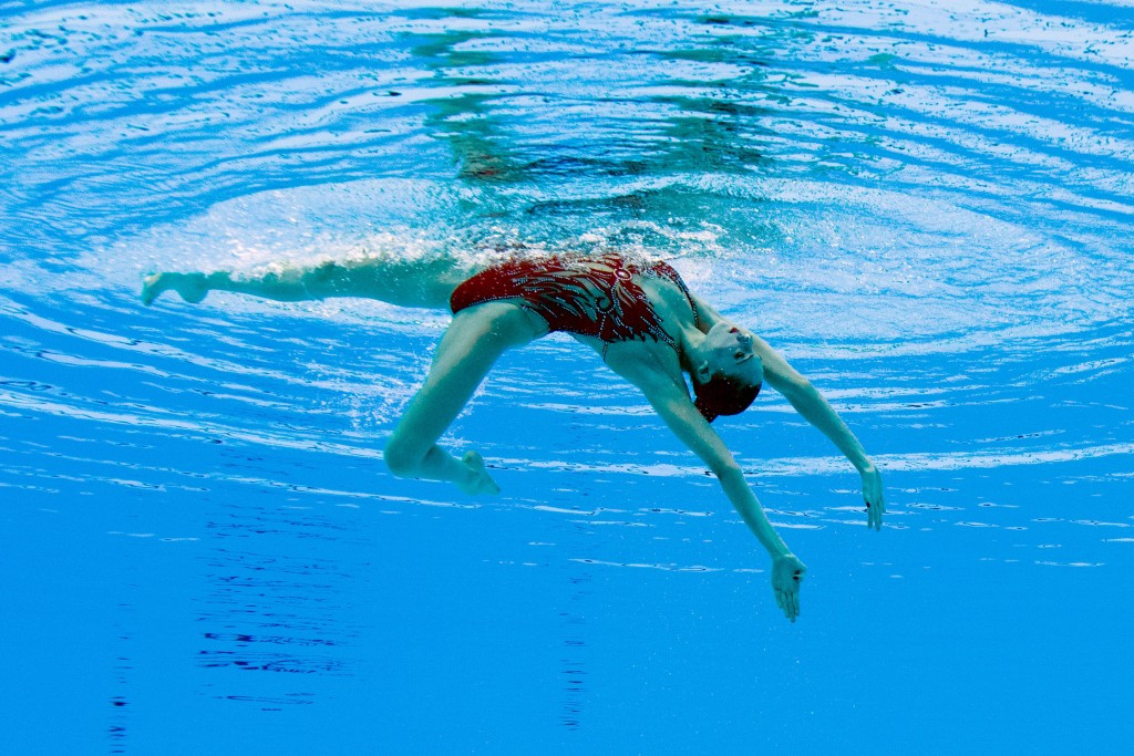 Diving and synchronised swimming get World Aquatics Championships under way