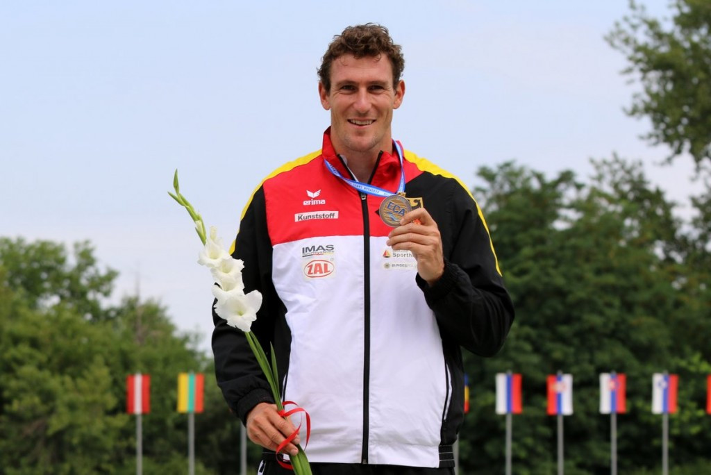 Reigning Olympic and world champion Sebastian Brendel of Germany claimed the men's C1 1,000 metres title as action continued today at the European Canoe Sprint Championships in Plovdiv ©Canoe Europe/Twitter